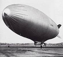 http://upload.wikimedia.org/wikipedia/commons/thumb/1/1d/ZPG-3W_blimp_US_Navy_1960.jpg/220px-ZPG-3W_blimp_US_Navy_1960.jpg